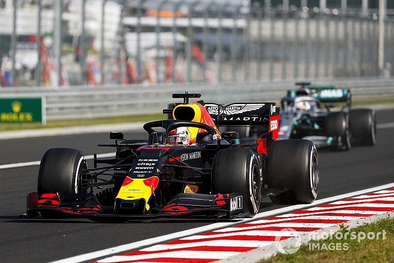Gary Anderson: Red Bull hung Verstappen out to dry in Hungary