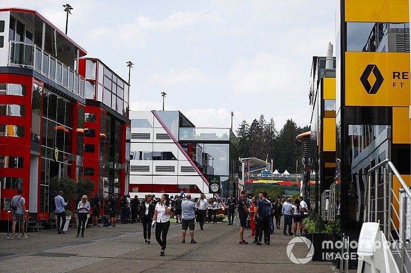 Equipos de F1 ayudan ante falta de respiradores por coronavirus