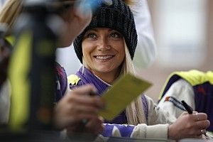 W Series racer Jess Hawkins to make BTCC debut