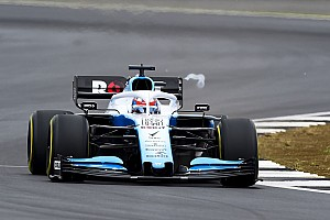"""Russell salue une Williams """"clairement plus agréable à piloter"""""""