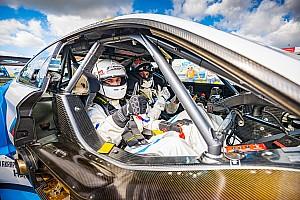 Blog: Met de 'DTM Renntaxi' razendsnel over het TT Circuit Assen