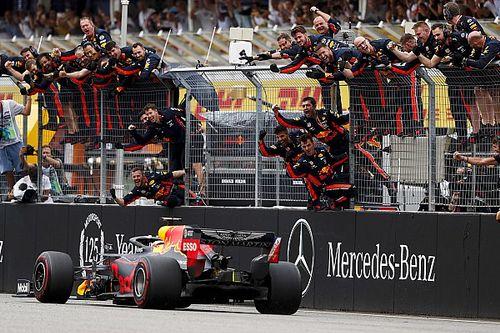 """ホンダがW表彰台! """"カオスな""""レースをフェルスタッペンが制す。クビアトも3位表彰台"""