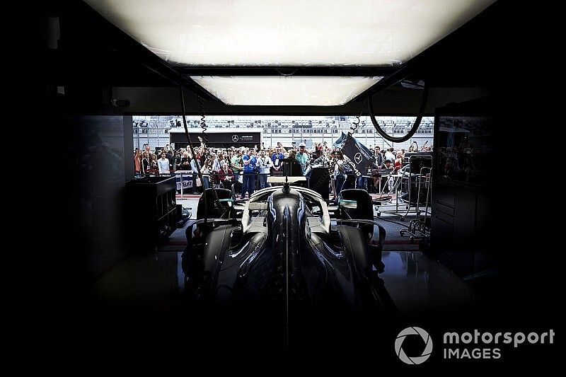 Mercedes completes fire-up of 2020 F1 car
