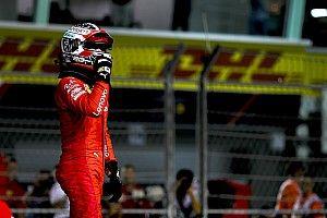 Leclerc stunt met pole-position in Singapore, Verstappen vierde