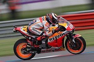 Márquez mostra força e conquista pole para o GP da Argentina de MotoGP