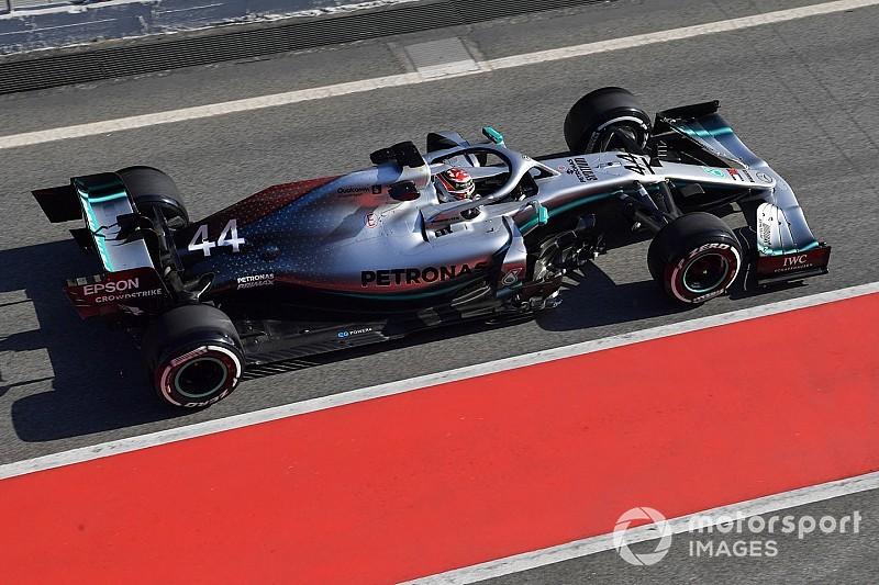 "Hamilton weet na eerste dag: ""Nieuwe Mercedes voelt anders aan"""