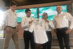 Mercedes: Stephanie Travers è la nuova Trackside Fluid Engineering di Petronas