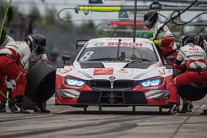 Kubica having to rely on engineers to perform DTM pitstops