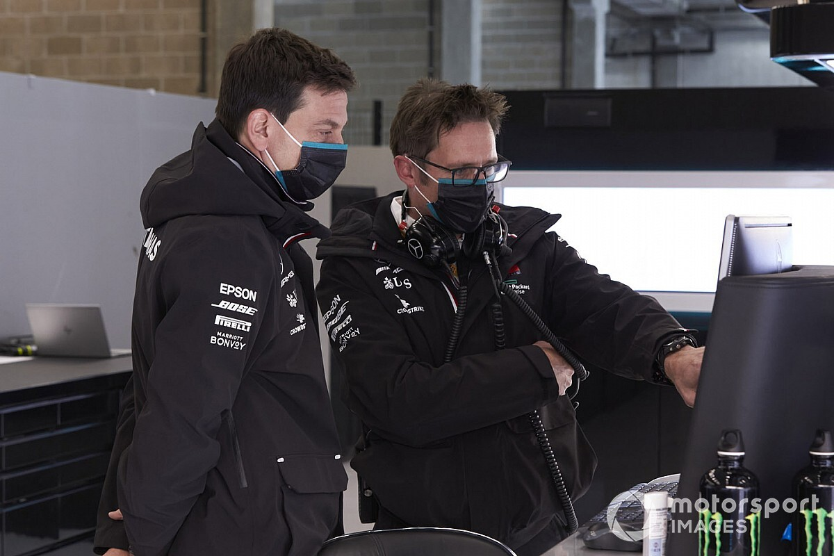Wolff spoke to Horner over comments Mercedes favoured Hamilton