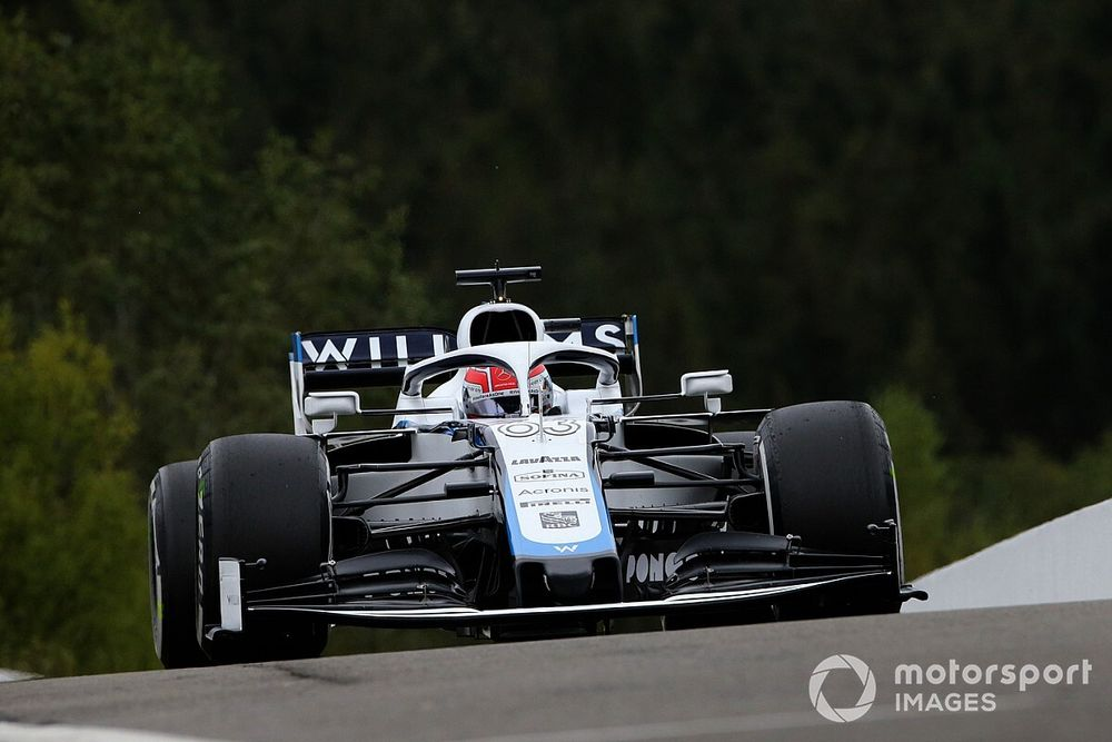 "Williams ""hopeful"" of fighting Ferrari in race"