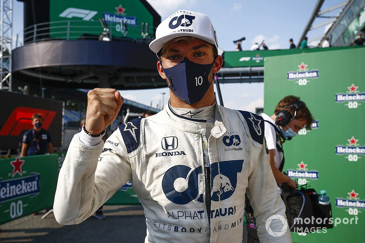 AlphaTauri retains Pierre Gasly for 2021 F1 season