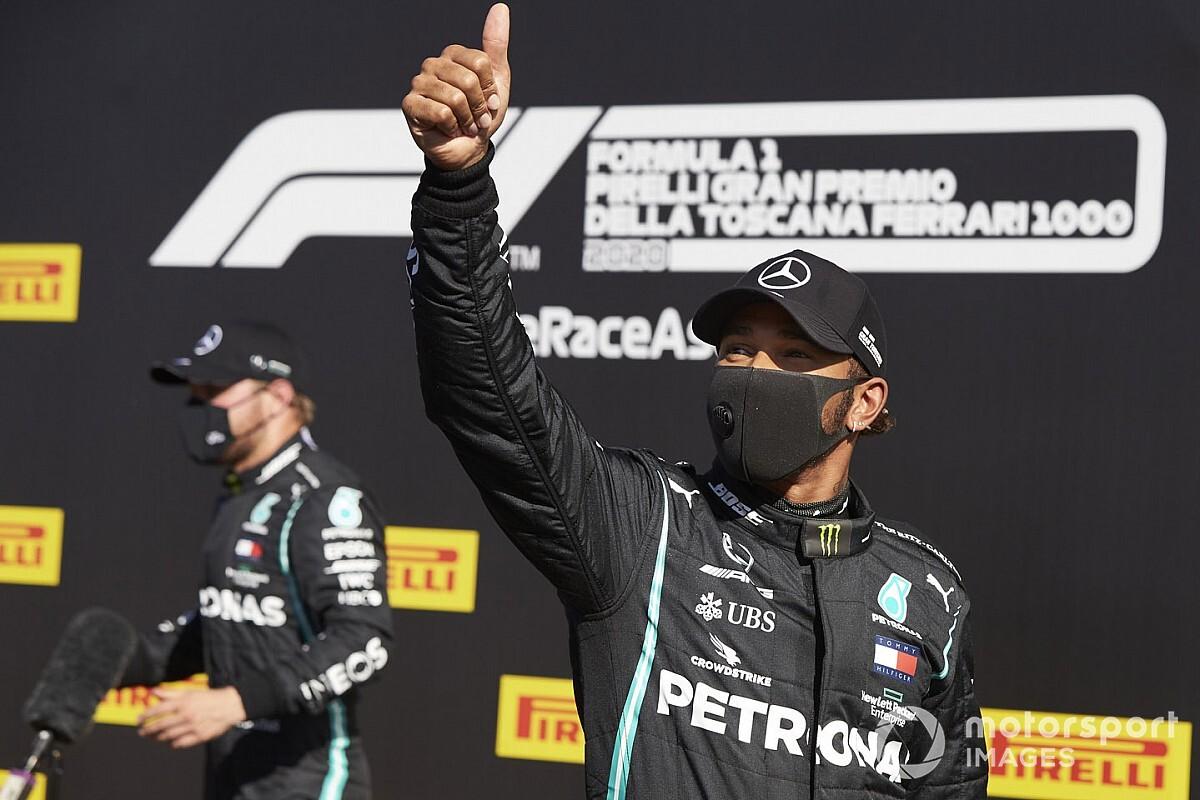 Már csak egyre Schumachertől: Hamilton el sem hiszi