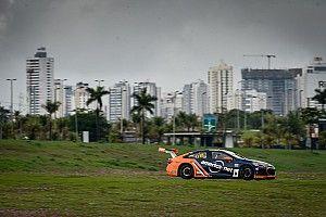 Stock: Gui Salas é pole para corrida do sábado em Goiânia