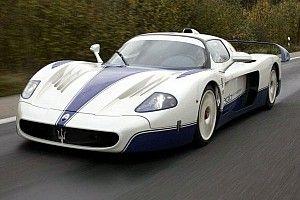 Essai de l'impressionnante Maserati MC12R
