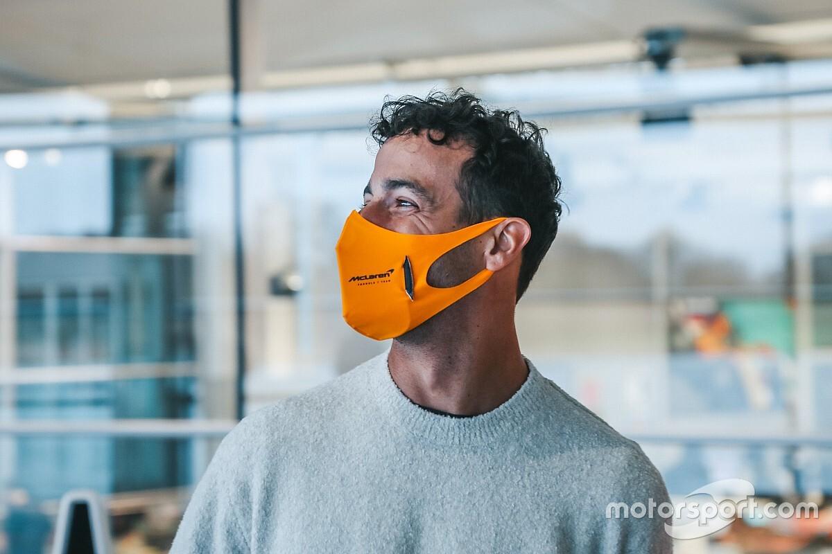 Ricciardo, McLaren fabrikasına ilk ziyaretini yaptı