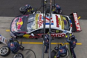 Supercars teams told to limit movement in Queensland