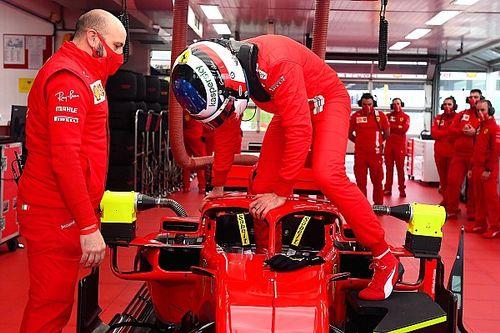 """Alesi: """"Tıpkı babam gibi bir Ferrari sürmek harikaydı"""""""