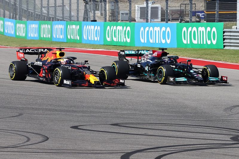 Horner: Chuck F1 form book away in title run-in