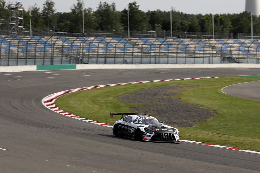 DTM drivers doubt banked Turn 1 will be flat out in qualifying