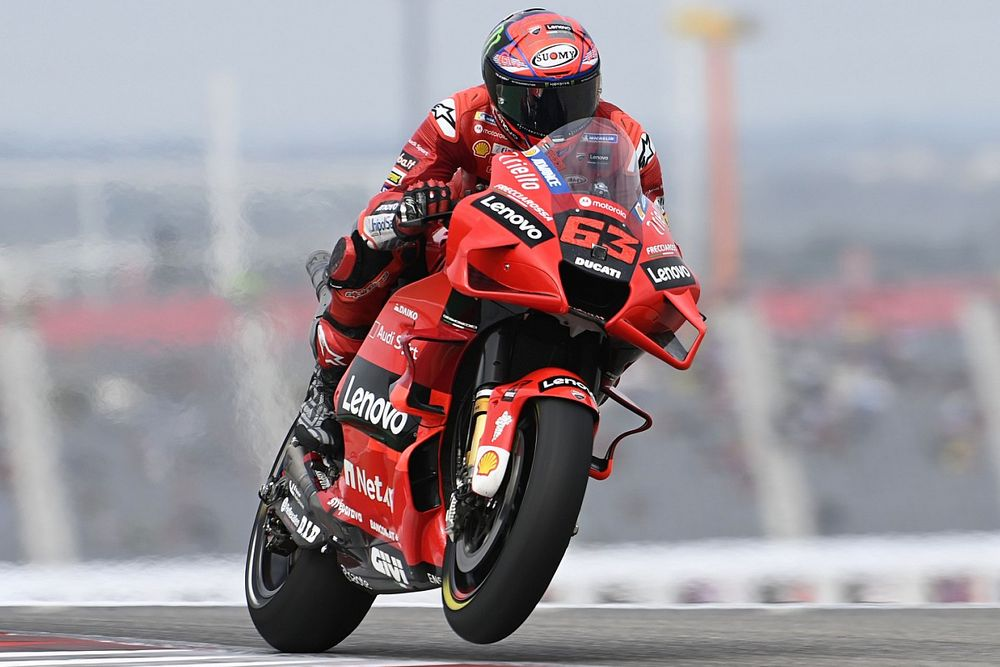 Bagnaia klopt Quartararo in strijd om pole in GP van Amerika