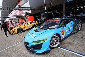 スーパーGT参戦車両で段違いに暑い!? ホンダNSX GT3使用チームは夏場を乗り切るため悪戦苦闘