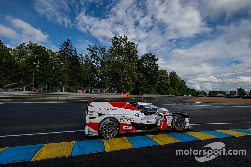 Le Mans 24h: Toyota, Corvette out front after four hours