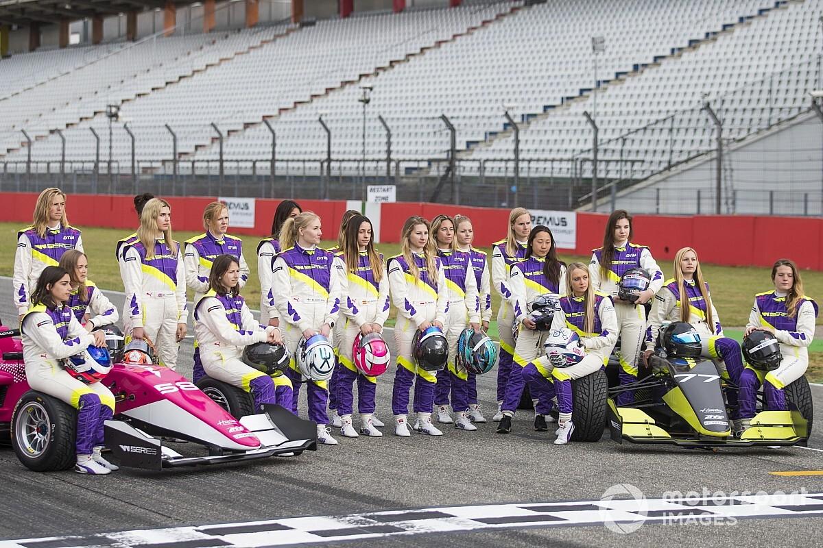 Мнение: отдельный чемпионат для женщин – сексизм без пользы