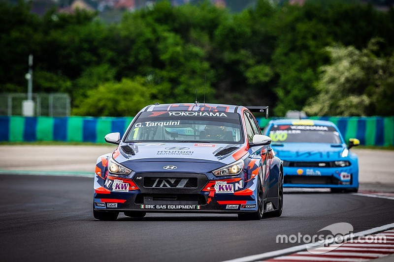Hungary WTCR: Tarquini beats Michelisz in finale