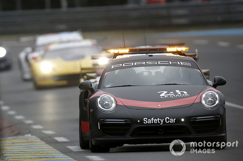 Le Mans: El safety car voltea la carrera