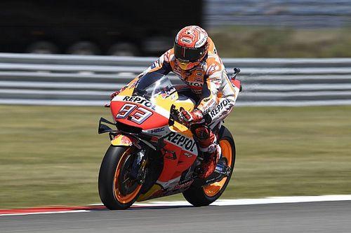 Márquez manque la première ligne mais vise le podium