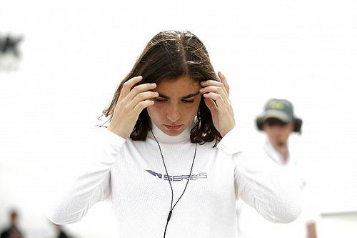 Primeira campeã da W Series lamenta baixa adesão feminina em competições de esports