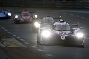 Le Mans: Toyota entra en la noche liderando, Pechito López en primero