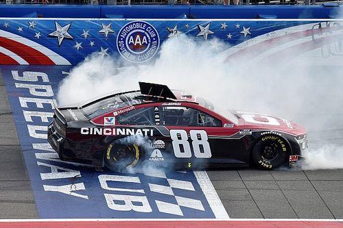 NASCAR Fontana: Alex Bowman siegt souverän