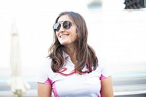Calderon becomes first female Super Formula driver