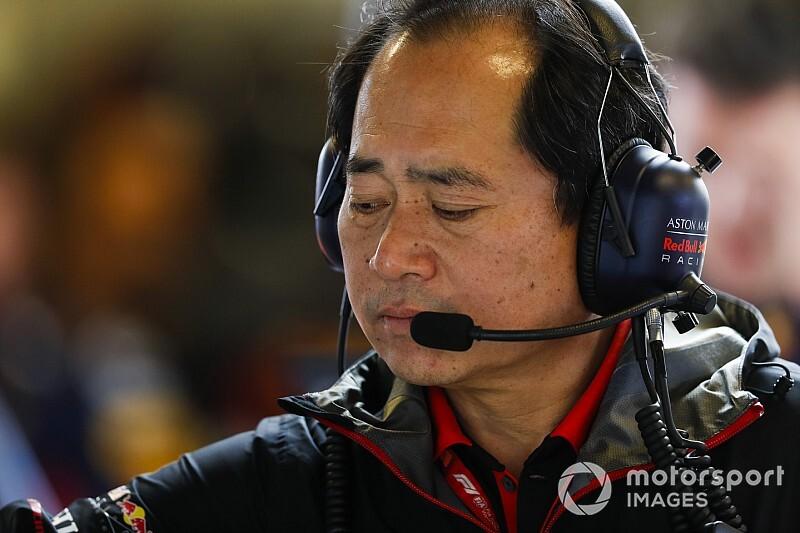 Honda извинилась за проблемы Ферстаппена в Абу-Даби