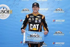 Daniel Hemric surprises with Kansas pole; Harvick to start last