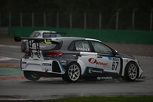 Marco Pellegrini vola anche sul bagnato e centra la pole a Monza
