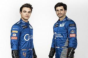 Sainz és Norris a kulisszák mögött a McLaren bemutatója előtt: videó