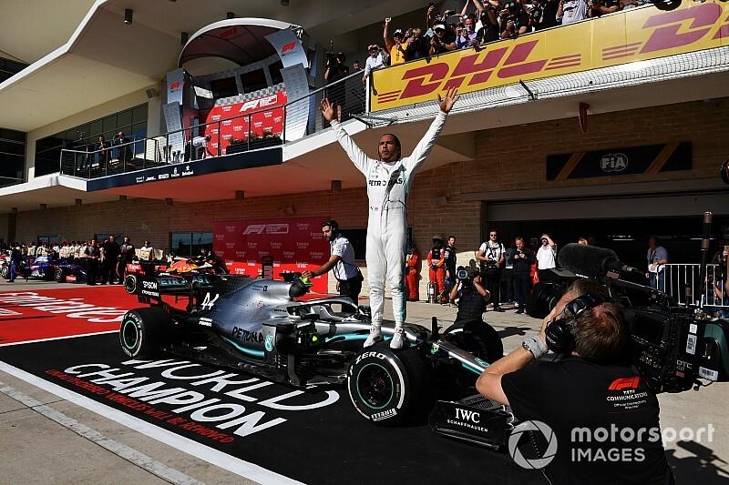 Hamilton cita Senna e Schumacher em discurso e diz que não sabe o que sentir após hexa