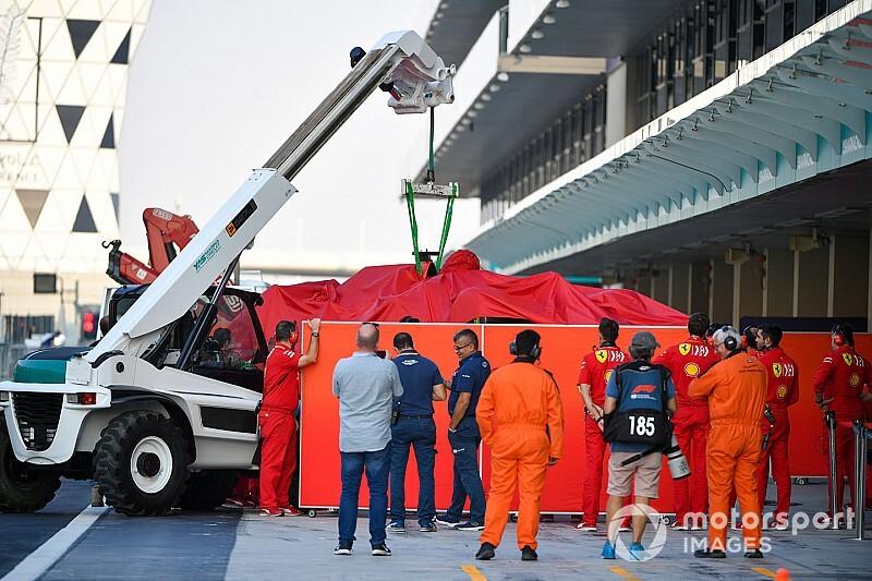 Un accidente de Leclerc protagoniza el cierre de los test de Pirelli