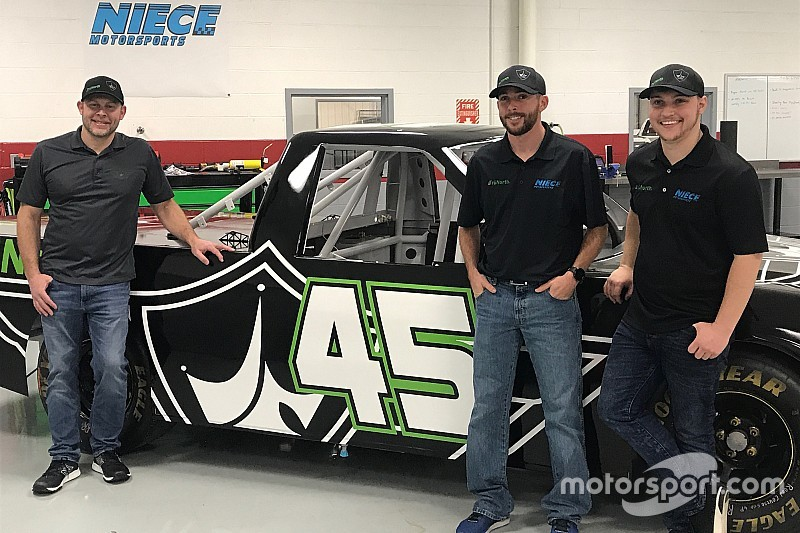 Ross Chastain to share NASCAR Truck ride at Niece Motorsports