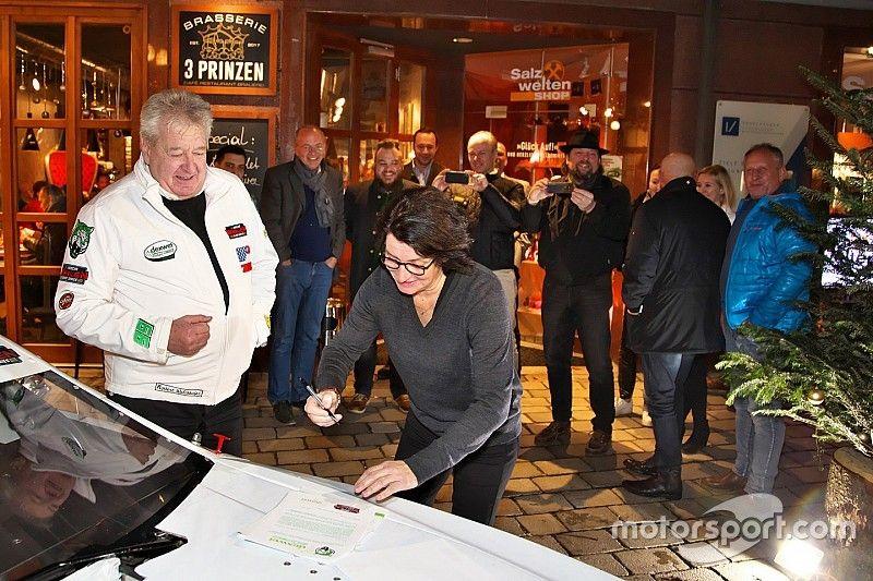 Ellen Lohr torna a correre nella NASCAR Euro Series con D1 Racing