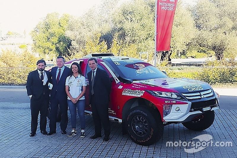 Cristina Gutiérrez presenta el coche con el que correrá el Dakar 2019