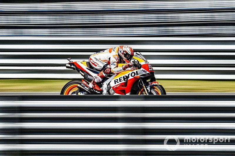 Márquez passa pelo Q1 e derrota Rossi pela pole na Tailândia