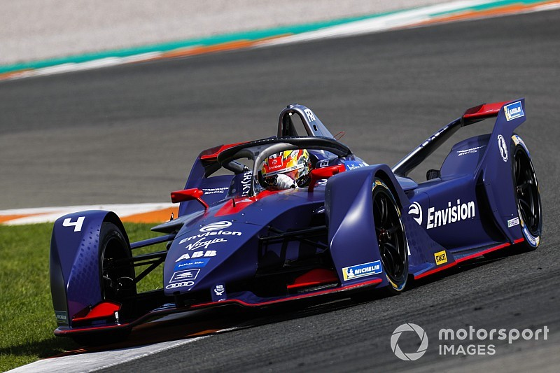 """Positieve eerste indruk bij Formule E-terugkeer Frijns: """"Auto's zijn veel sneller"""""""