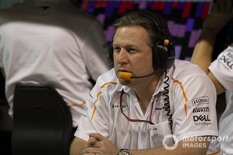 """La F1 debe ignorar las presiones y reparar su """"modelo roto"""", dice Zak Brown"""