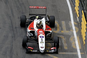 Macau GP: Schumacher returns to the top