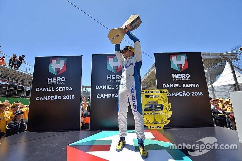 """Campeão, Serra rasga elogios a Meinha: """"ele é um gênio, o mais talentoso"""""""