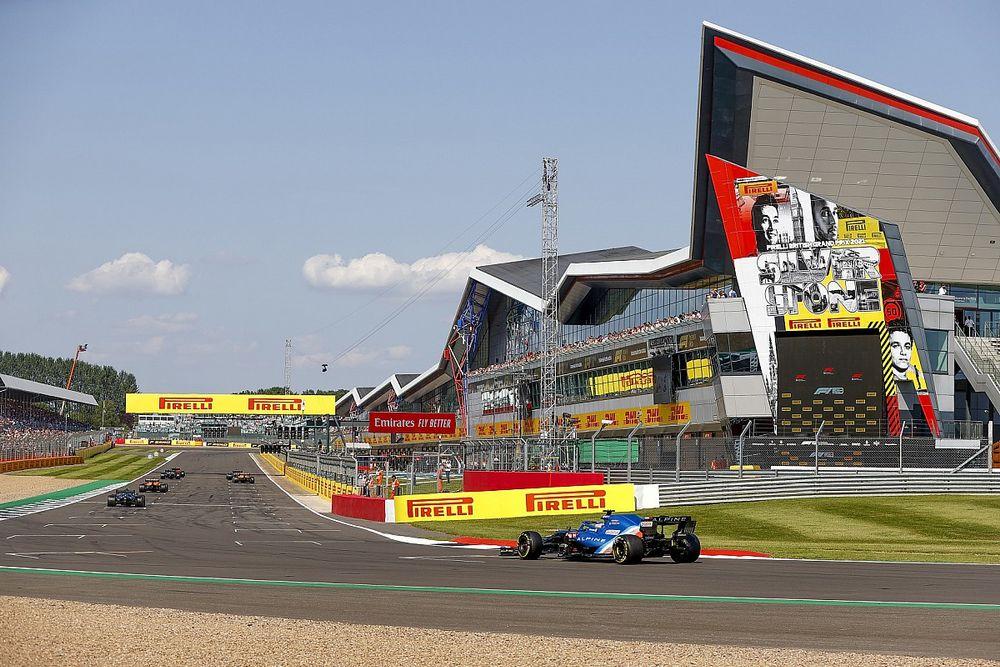Vettel elogia la defensa de Alonso al sprint, pero manda un recado