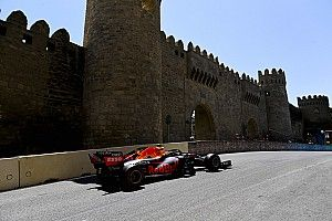 FP2 de Bakú: Red Bull y Sainz lideran, Mercedes sufre y Alonso avanza
